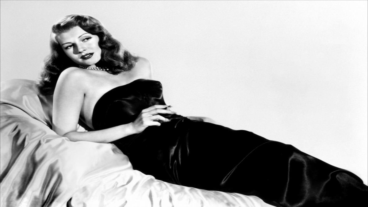 gilda film noir essay A fold-out booklet featuring an essay by film critic sheila o'malley,  muller also questions the classification of 'gilda' as a film noir,.